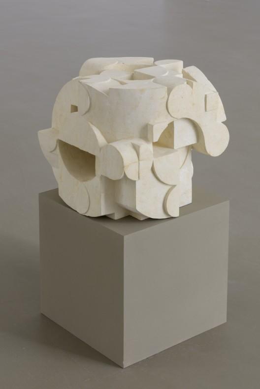 Gabriel Orozco Dé taillé 2017 Pierre calcaire de Bali / Balinese limestone 30 x 30 x 30 cm / 11 6/8 x 11 6/8 x 11 6/8 inches  (Courtesy of the artist and Galerie Chantal Crousel, Paris Photo : Florian Kleinefenn)