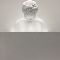 """何采柔,《梦见我》,压克力颜料.玻璃纤维.灯箱.木座,165x48x48xcm ,2017 Joyce Ho, """"Dream about me"""", Acrylic, fiber glass, light box, woods, 165x48x48xcm, 2017"""