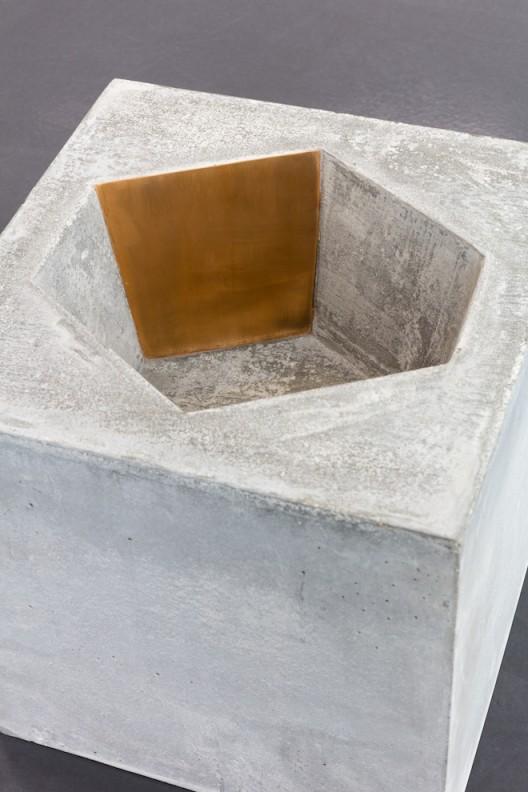 Exhibition view: Prabhavathi Meppayil, b/seven eighths, Esther Schipper, Berlin, 2018   Photo © Andrea Rossetti Courtesy the artist and Esther Schipper, Berlin