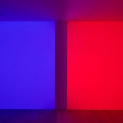 Turrell_Orca-Blue-Red-1080-px-tall-1-915x610