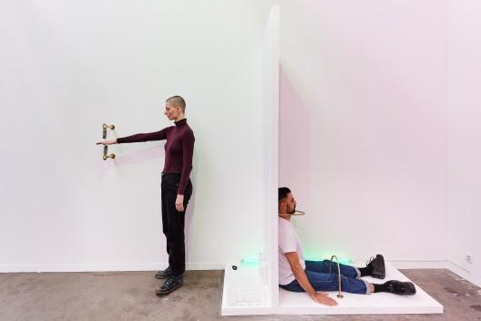 Art Brussels 2019, Rachel Monosov performance at Catinca Tabacaru, Photo David Plas_6
