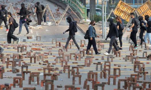 Hong Kong social art installation (image: Receive News)