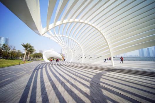 欢乐港湾园区构筑物作品《海螺》