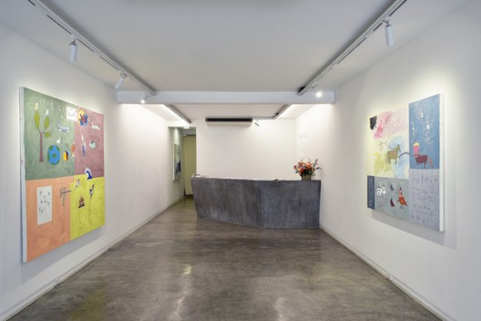 Installation view (ground floor) of Will Thurman 'Life Paintings, Volume 1: 2015-2020' (image courtesy the artist and Galerie Quyhn)